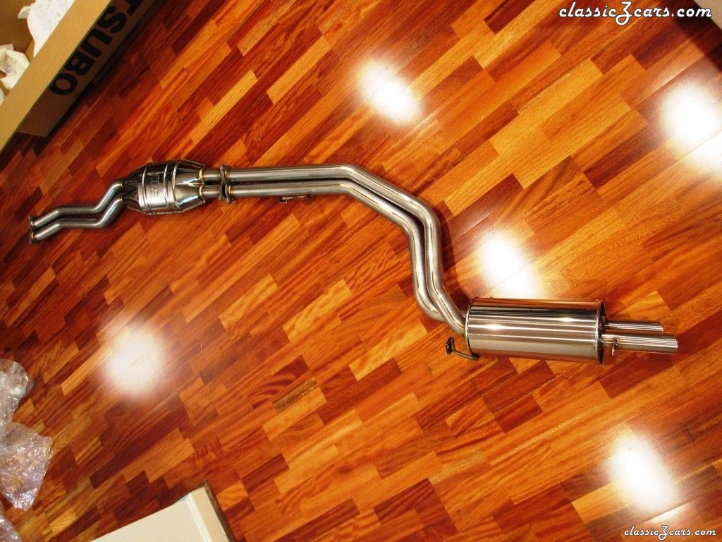 Fujitsubo Legalis R Exhaust