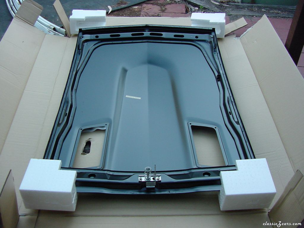 New 260Z bonnet (hood)