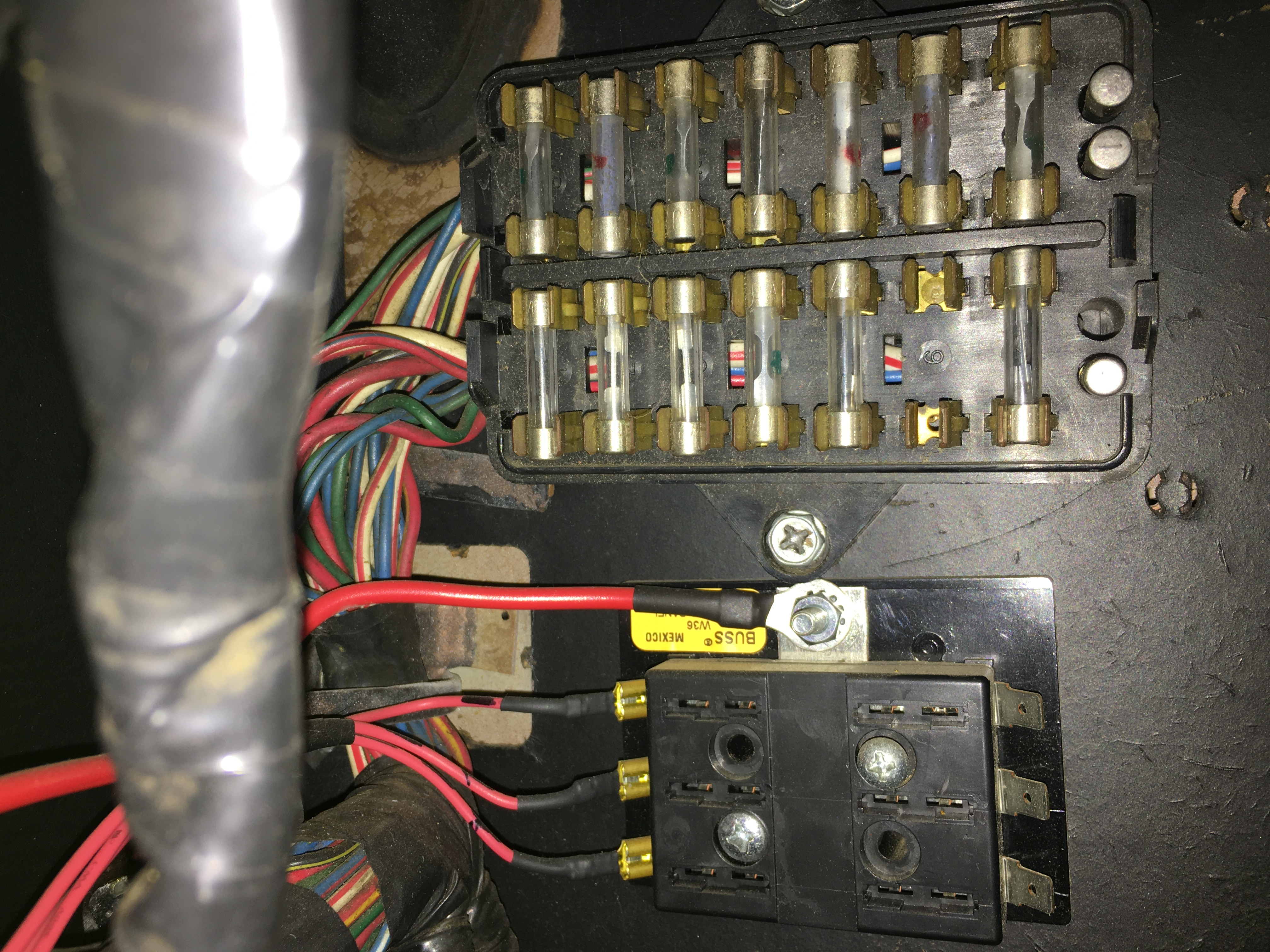 IMG_1168.11e87cd359a3ff5f8066e986f6461b8a melted wire coming off alternator help me !! classic zcar club 260z fuse box at gsmx.co