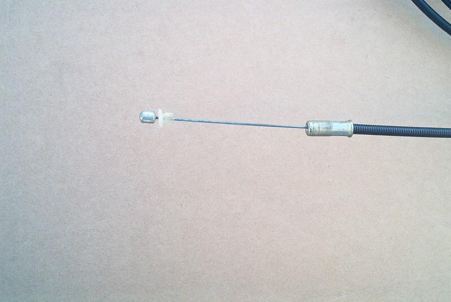 Throtte lever cable.jpg