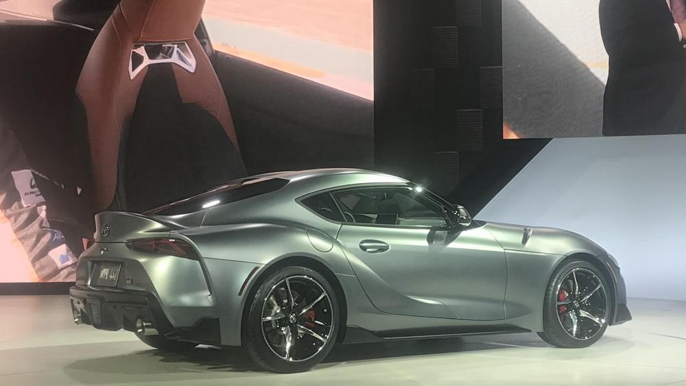 Toyota-Supra-A90-debut-Detroit-Auto-Show-05.jpg