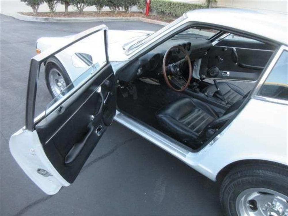 15664020-1971-datsun-240z-std.jpg