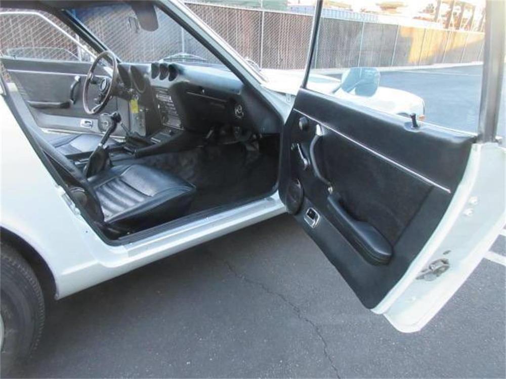 15664029-1971-datsun-240z-std.jpg