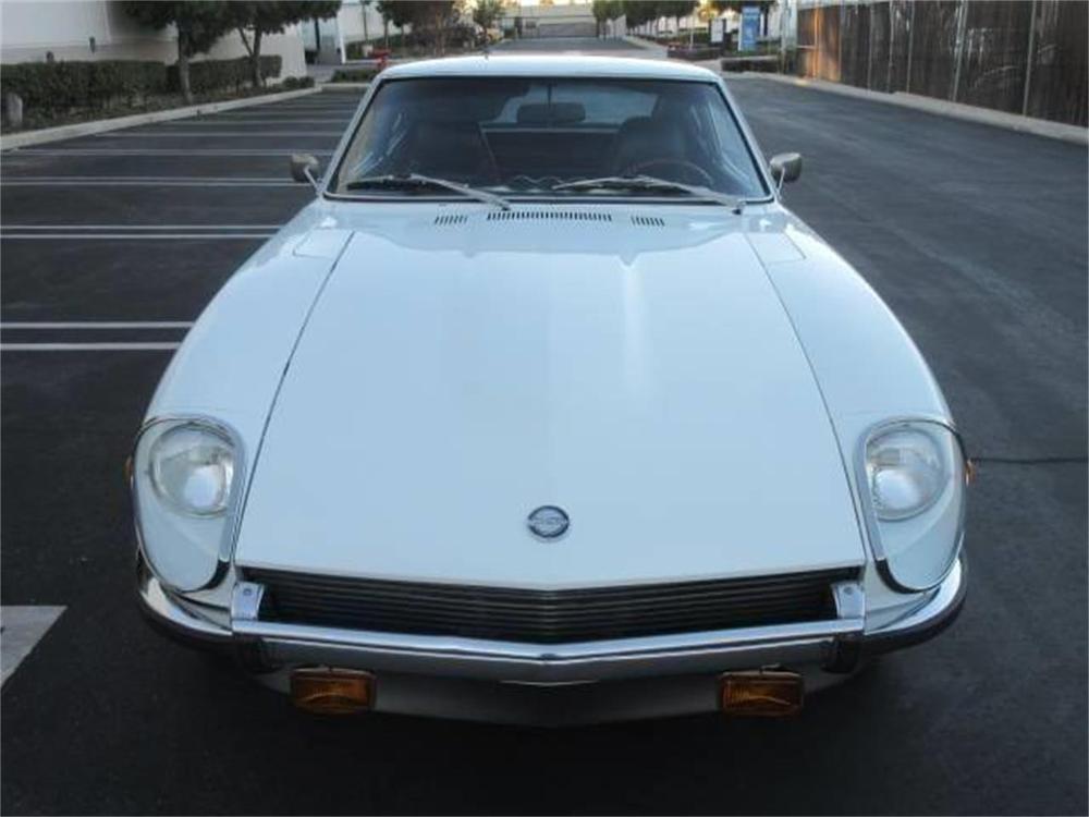 15664039-1971-datsun-240z-std.jpg