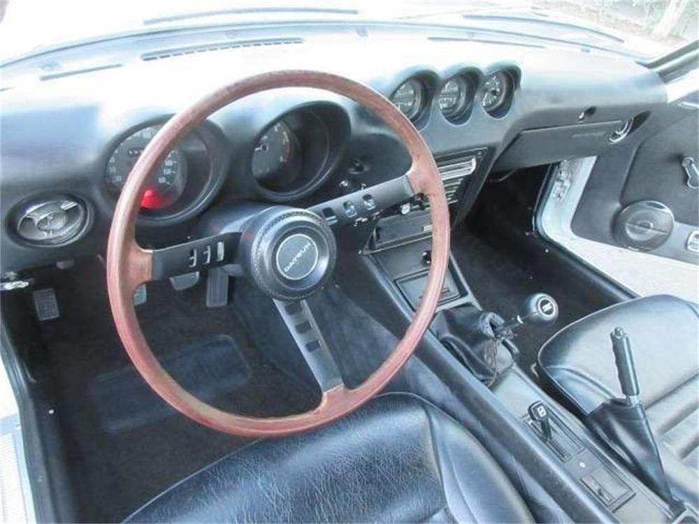 15664052-1971-datsun-240z-std.jpg