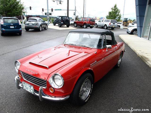 1967 Datsun 1600 Roadster 043.JPG