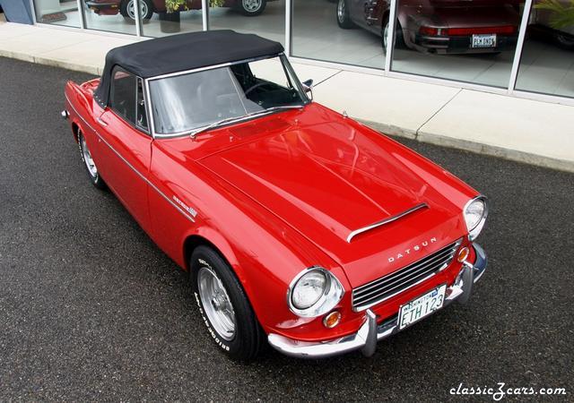 1967 Datsun 1600 Roadster 035.JPG