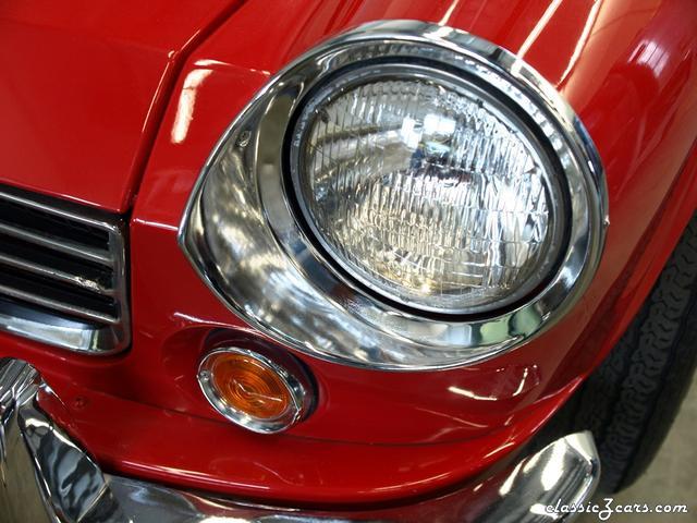 1967 Datsun 1600 Roadster 002 - Copy.JPG