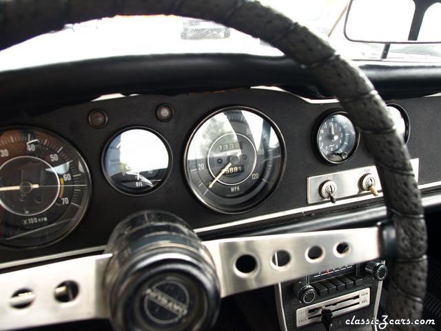 1967 Datsun 1600 Roadster 025.JPG