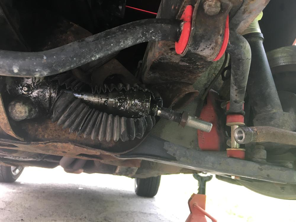 driver side tie rod removed.jpg