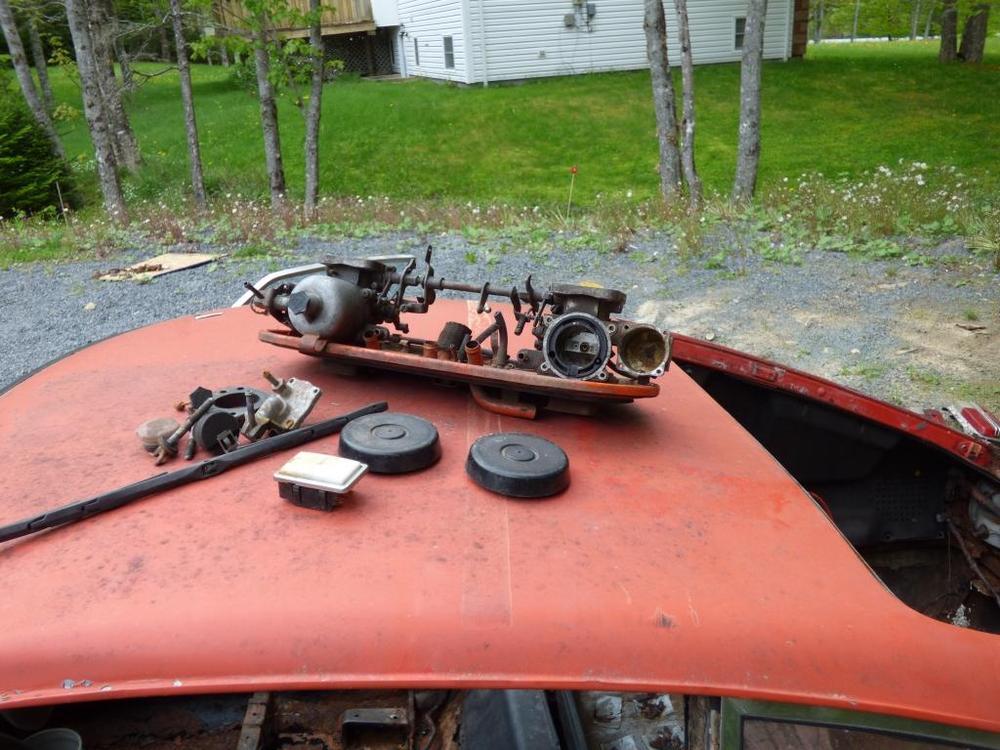 11 carb set 2 early 4 screw.jpg