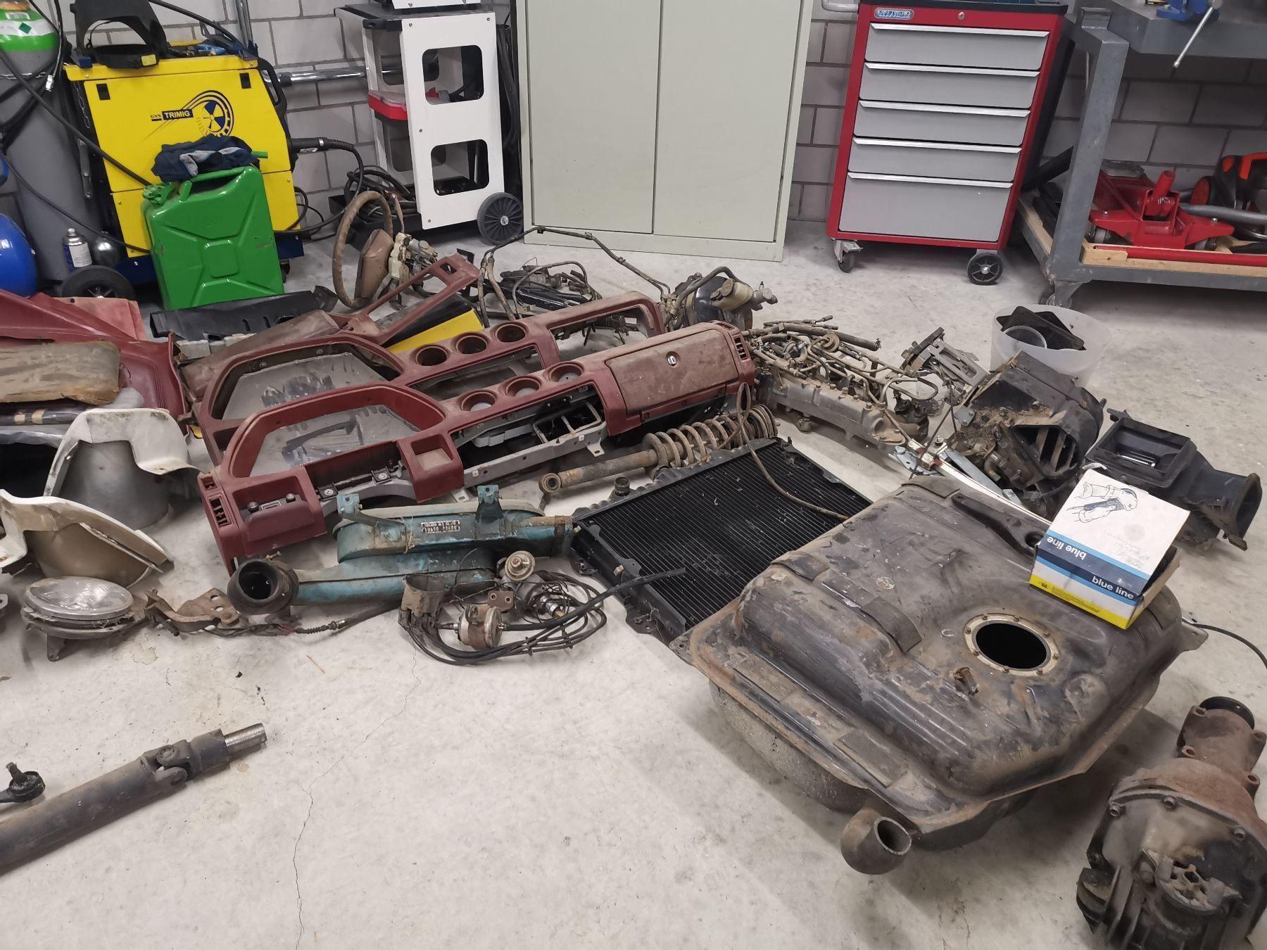 280Z parts - used - in Switzerland